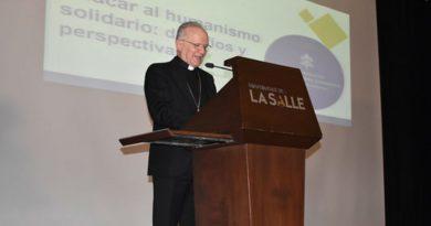 Secretario de la Congregación para la Educación Católica visitó Colombia